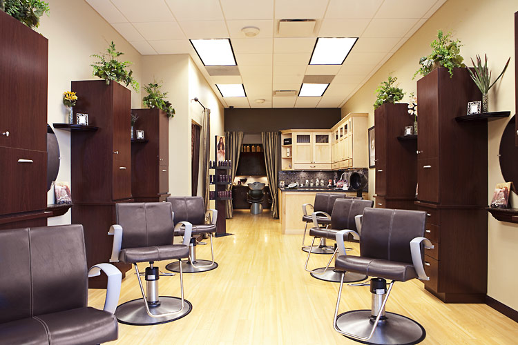 Hair Services Peoria Men and Women HairCut