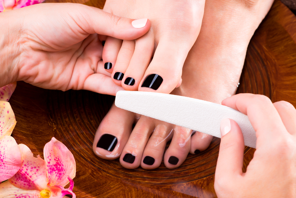Benefits of Professional Manicures and Pedicures