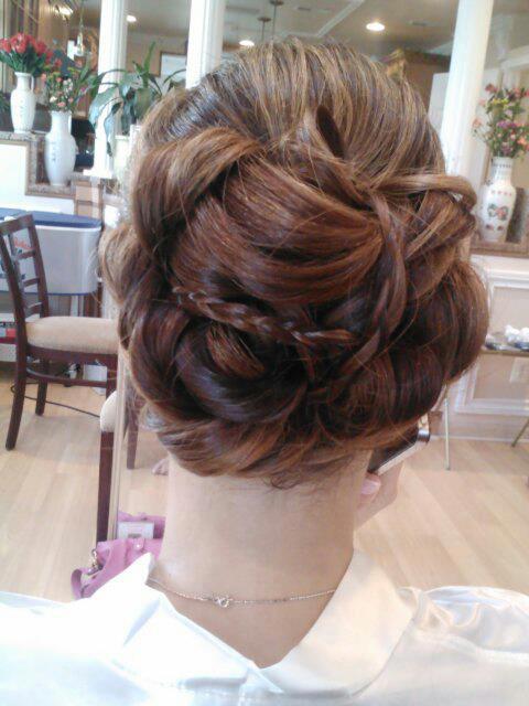 Woven Bridal Elegance