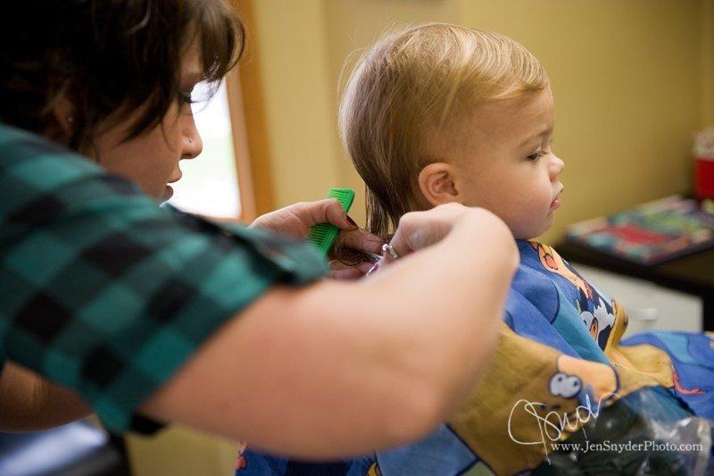 Kids hair-cut