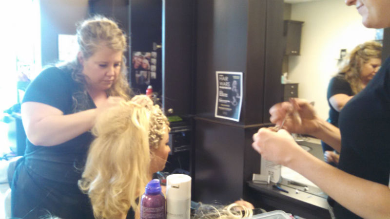Hair Wars 2015 - Crystal working on her model