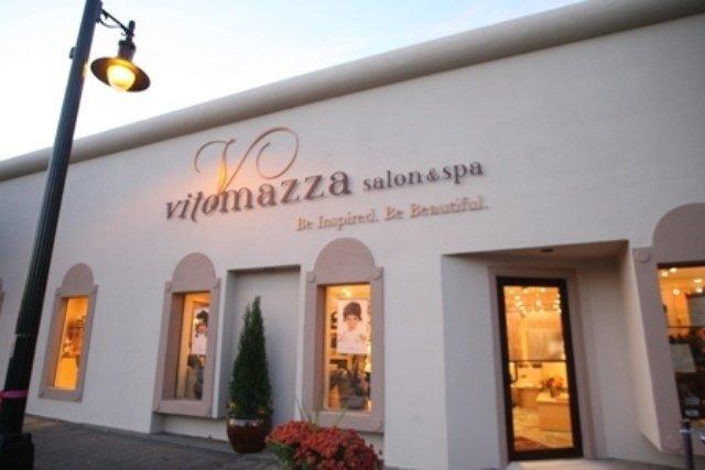 Salon Store Front