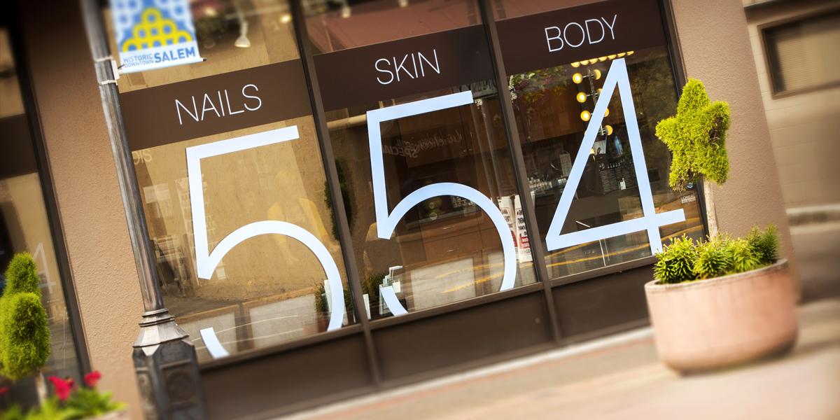 Men & Women's hair salon in Salem
